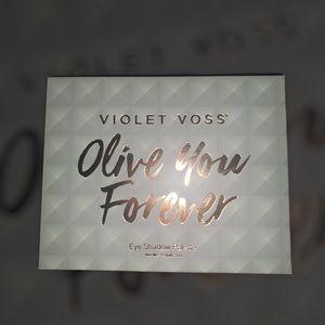 Violet Voss Olive You Forever Palette